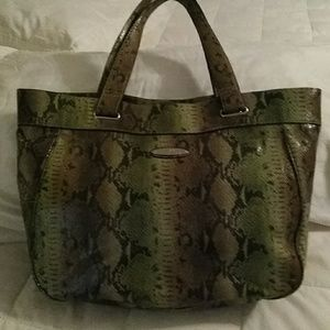 Nine & Co Green Snakeskin embossed Bag